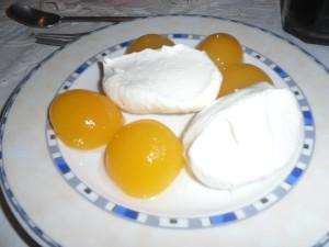 Kuchenmanie_Baiser und Pfirsich